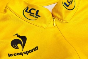 maillot-jaune-col-cousu-coq-sportif