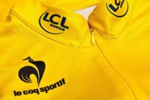 maillot-jaune-col-cousu-coq-sportif-300x200.jpg
