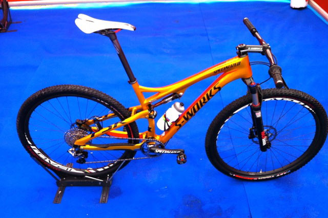 specialized-epic-29er-kulhavy-gold