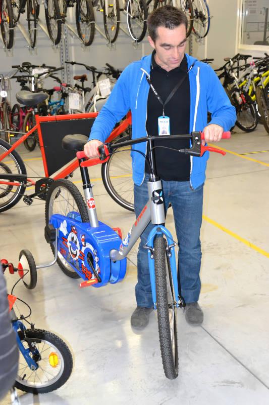 Vélo enfant taille adulte