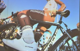 Peraud avec ses chaussures routes Btwin 700